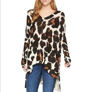 Show me your mumu wildcat print hug me sweater